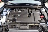 2011款新天籁V6发动机