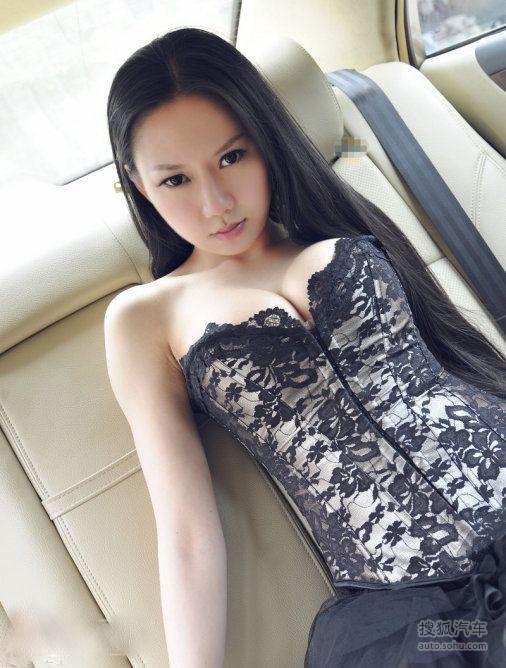 比基尼与豹纹欲女车模大秀 美女车模