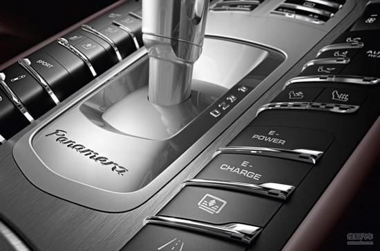 保时捷新款panamera车展首发 轴距获加长高清图片