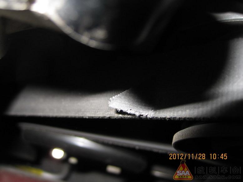 2011款1.8at福克斯正时链条断裂 高清图片