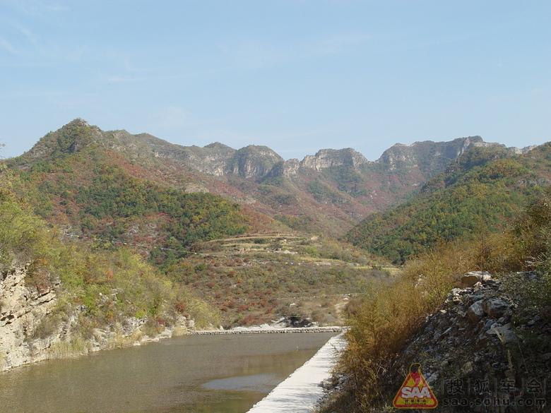 昔阳县皋落镇 皋落镇至瓮山景区的路况 瓮山自然风景区 景区大门外的