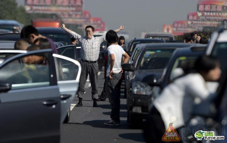 【焦点访谈】2012年高速路堵车的原因调查【麒铖报道】 - 祥子 - 麒铖服务-成都安防服务专家