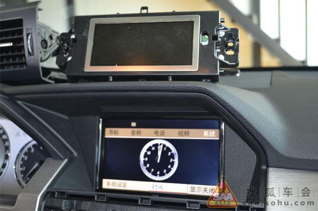 奔驰glk300加装奔驰glk350原厂主机
